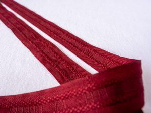 Vorhang mit Kräuselband oder Ösen - Kräuselband rot